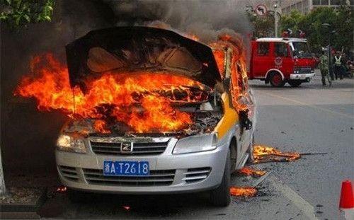 汽车自燃竟和回南天有关?