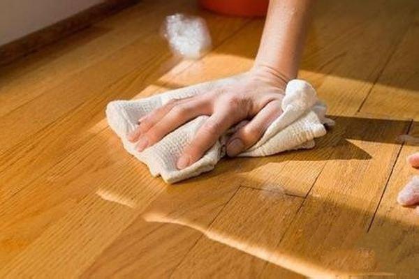 实木地板的防潮除湿